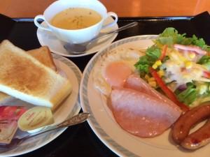 洋朝食はボリューム満点~